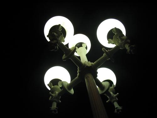light5661.jpg